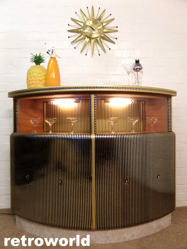 Vintage Hubbinet Cocktail Drinks Bar